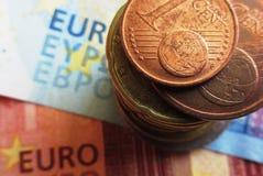 开户欧洲欧元五重点一百货币附注绳索 库存图片