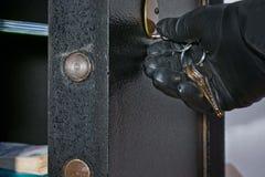 开放保险柜细节  免版税库存图片