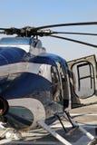 开放抽象砍刀门的直升机 免版税库存图片