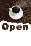 开放的咖啡馆 免版税库存图片