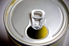 开放罐头啤酒 免版税库存照片