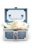 开放蓝色胸口的货币 免版税库存照片
