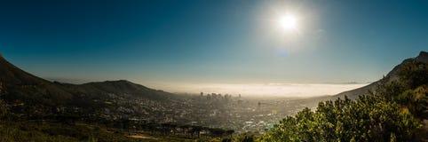 开普敦、南非& x28; 从桌mountain& x29的看法; 免版税库存图片
