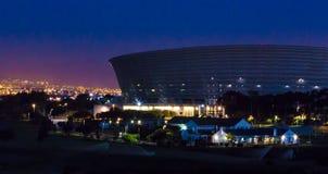 开普敦体育场在晚上 免版税库存照片