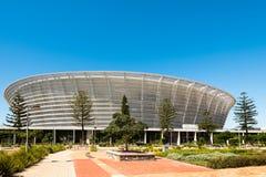 开普敦体育场正面图绿色点的 库存照片
