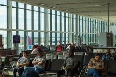 开普敦国际机场地方离开终端 图库摄影