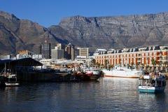 开普敦在日落,南非的港口视图 库存图片