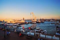 开普敦日落的江边港口 图库摄影