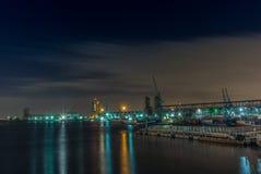 开普敦沿海岸区的看法在晚上 库存照片