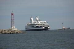 开普梅渡轮把变成船坞在刘易斯,特拉华 库存图片