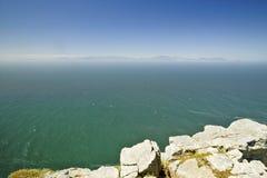 开普角,好望角看法,在开普敦,南非境外印度洋的合流的正确和大西洋Oce的 免版税库存照片