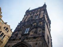 开枪力量塔历史在布拉格,捷克目的地旅行老遗产样式 免版税图库摄影