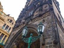 开枪力量塔历史在布拉格,捷克目的地旅行老遗产样式 库存照片