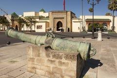 开枪在王宫的主闸 拉巴特 摩洛哥 免版税库存图片