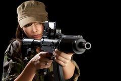 开枪战士年轻人 免版税图库摄影