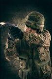 开枪新的战士 免版税库存照片