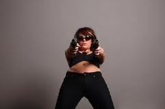 开枪时髦的妇女 图库摄影