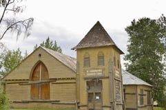 离开的历史的教会在道森市,育空,加拿大 库存照片