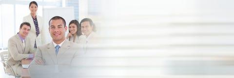 开的商人与转折作用的一次会议 免版税库存图片
