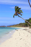 离开的海岛在热带 免版税库存照片