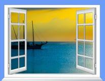 开窗口云彩太阳 库存照片
