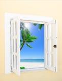 开窗口向海 库存图片