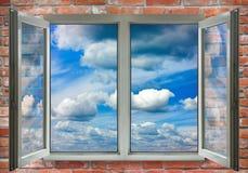 开窗口特写镜头的图象 免版税库存照片