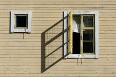 开窗口铸件阴影 库存图片