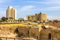 开罗和广告Darrassa区城市墙壁  免版税库存照片