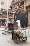开罗埃及白薯摊贩 免版税库存图片