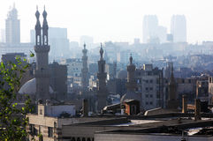 开罗看法有清真寺的在埃及在非洲 免版税库存照片