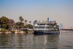 开罗,埃及- 2010年3月:从尼罗的看法 库存图片