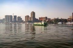 开罗,埃及- 2010年3月:从尼罗的看法 免版税库存图片