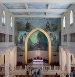 开罗,埃及- 2016年4月15日:圣徒Maron赫利奥波利斯教会,开罗,埃及内部  免版税库存图片