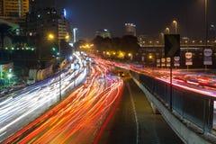 开罗Corniche街红绿灯足迹 免版税库存照片