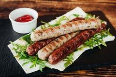 开胃和可口烤肉盘 免版税库存图片