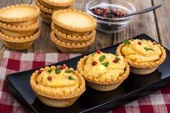 开胃小菜果子馅饼用柔和的奶油甜点 库存照片