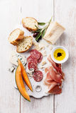 开胃小菜火腿,乳酪,瓜 免版税库存照片