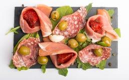 开胃小菜用干蕃茄和橄榄 免版税图库摄影