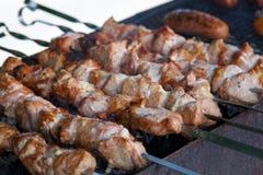 开胃新鲜的肉烤肉串 图库摄影