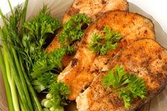 开胃油煎的三文鱼 图库摄影