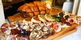 开胃混杂的意大利食物 免版税库存图片