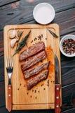 开胃烤肉 烤做得好牛排与与 库存照片