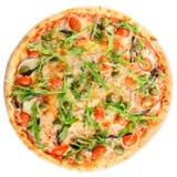 开胃热的意大利薄饼用肉、蕃茄和橄榄isol 免版税库存照片