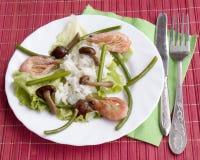 开胃煮沸的油煎的真菌米虾 免版税库存照片