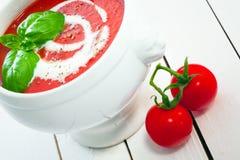 开胃碗蕃茄汤 免版税图库摄影