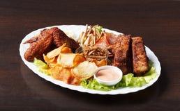 开胃美味快餐供食用调味汁 免版税库存照片