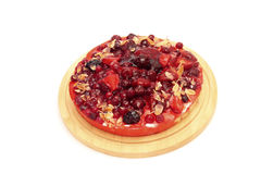 开胃莓果馅饼的图象在切板的 免版税库存照片