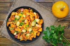 开胃菜与菜的南瓜炖煮的食物 免版税库存照片
