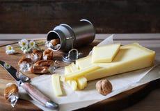 开胃菜专长:Beaufort乳酪和焦糖 库存图片